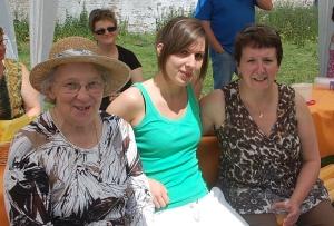fête des voisins 2012 coron du colae (22).JPG