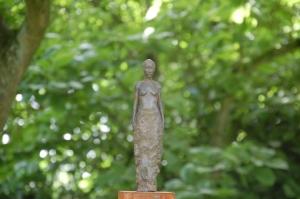 parcours d'artistes beloeil,dominique crickx,isabelle stienon,sculpteur,jardin