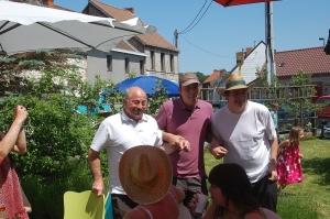 fête des voisins 2012, coron du croquet (111).JPG