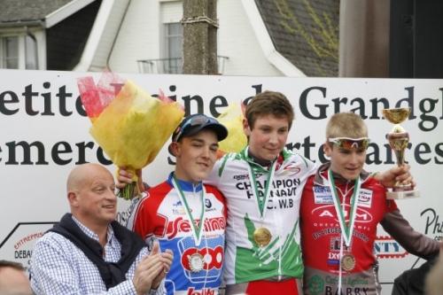 course cycliste,championnat,championnat du Hainaut,débutants