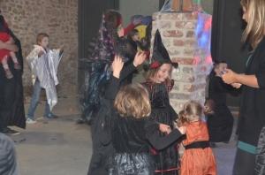 Bal des enfants-Halloween-Beloeil (68).JPG