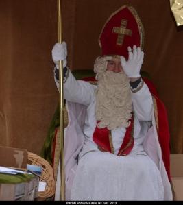 2013 Saint Nicolas dans les rues (100).JPG