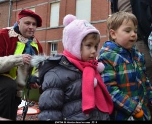 2013 Saint Nicolas dans les rues (102).JPG