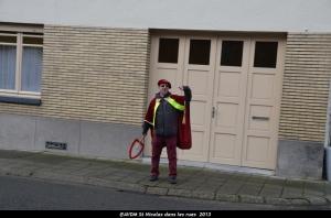 2013 Saint Nicolas dans les rues (4).JPG