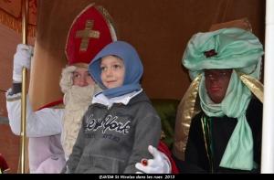 2013 Saint Nicolas dans les rues (116).JPG