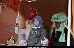 2013 Saint Nicolas dans les rues (115).JPG
