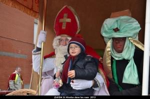 2013 Saint Nicolas dans les rues (112).JPG
