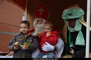 2013 Saint Nicolas dans les rues (109).JPG