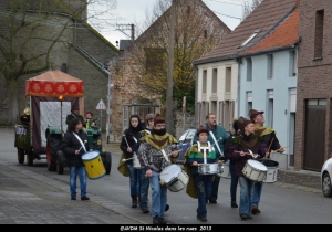 2013 Saint Nicolas dans les rues (31).JPG
