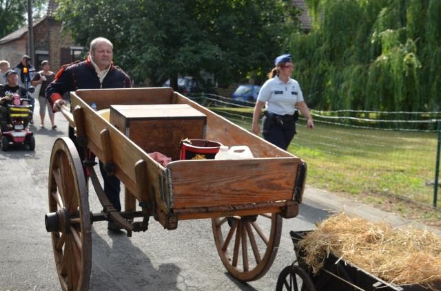 2015 Fête Villageoise Cortège 3 ème Régiment d'Artillerie à Pieds de Stambruges (93).JPG