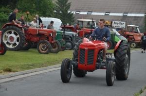 2015 Fête Villageoise Défilé des Tracteurs (40).JPG