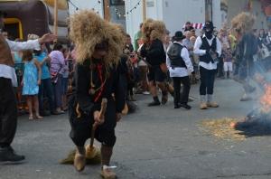 2015 Fête Villageoise Cortège Brulach Sorcières de Stmbruges (33).JPG
