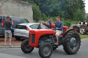 2015 Fête Villageoise Défilé des Tracteurs (45).JPG