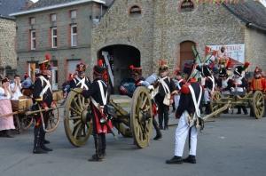 2015 Fête Villageoise Cortège 3 ème Régiment d'Artillerie à Pieds de Stambruges (105).JPG