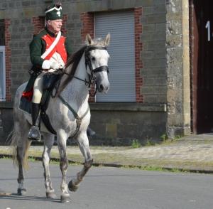 2015 Fête Villageoise Cortège 3 ème Régiment d'Artillerie à Pieds de Stambruges (139).JPG