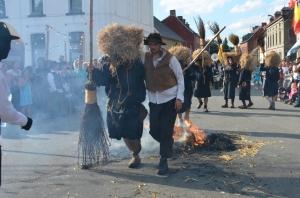 2015 Fête Villageoise Cortège Brulach Sorcières de Stmbruges (118).JPG