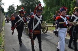 2015 Fête Villageoise Cortège 3 ème Régiment d'Artillerie à Pieds de Stambruges (80).JPG