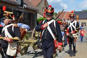 2015 Fête Villageoise Cortège 3 ème Régiment d'Artillerie à Pieds de Stambruges (29).JPG