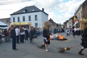 2015 Fête Villageoise Cortège Brulach Sorcières de Stmbruges (18).JPG