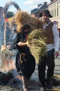 2015 Fête Villageoise Cortège Brulach Sorcières de Stmbruges (124).JPG
