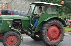 2015 Fête Villageoise Défilé des Tracteurs (80).JPG