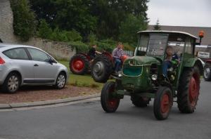 2015 Fête Villageoise Défilé des Tracteurs (79).JPG
