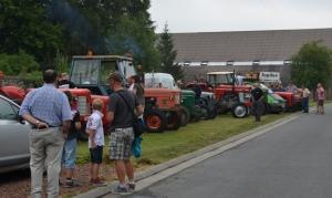 2015 Fête Villageoise Défilé des Tracteurs (22).JPG
