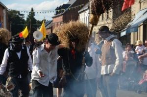 2015 Fête Villageoise Cortège Brulach Sorcières de Stmbruges (208).JPG