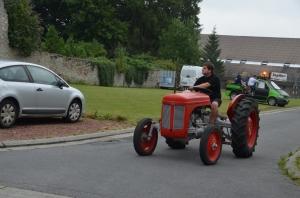 2015 Fête Villageoise Défilé des Tracteurs (94).JPG