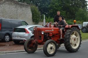 2015 Fête Villageoise Défilé des Tracteurs (56).JPG