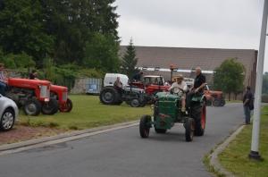 2015 Fête Villageoise Défilé des Tracteurs (58).JPG