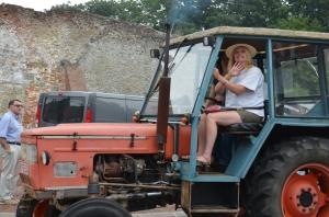 2015 Fête Villageoise Défilé des Tracteurs (36).JPG