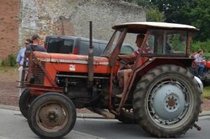 2015 Fête Villageoise Défilé des Tracteurs (77).JPG