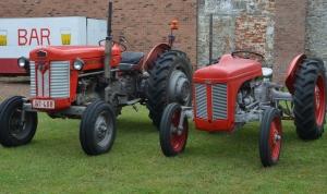 2015 Fête Villageoise Défilé des Tracteurs (15).JPG
