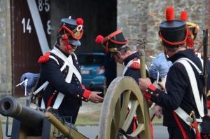 2015 Fête Villageoise Cortège 3 ème Régiment d'Artillerie à Pieds de Stambruges (99).JPG