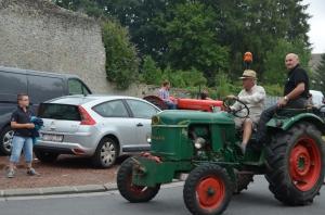 2015 Fête Villageoise Défilé des Tracteurs (59).JPG