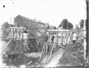 Construction d'un pont.jpg