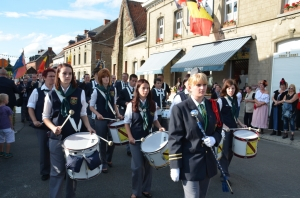 2015 Fête Villageoise Cortège Royale Harmonie de Beloeil (97).JPG