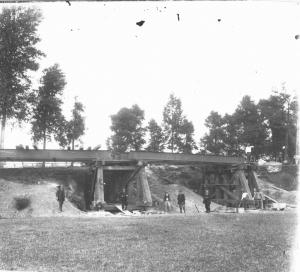 Construction du pont.jpg