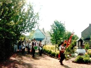 3 ucasse 1995 procession.jpg